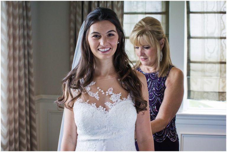 bridal prep at ac country club wedding