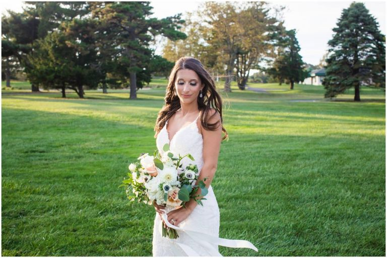 Photo of Bride at Linwood Country Club Betinas bouquet