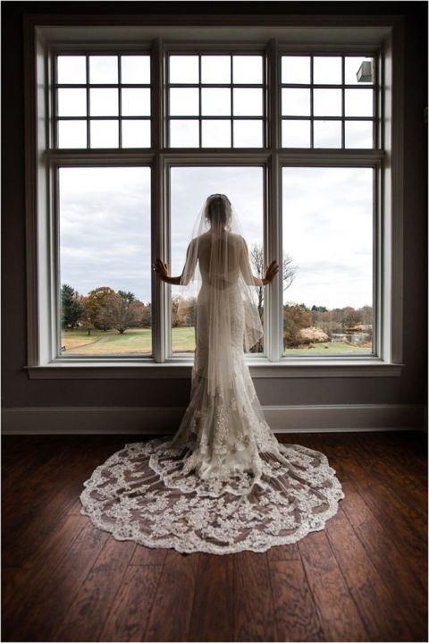 NJ Wedding Photographer takes photo of stunning bride