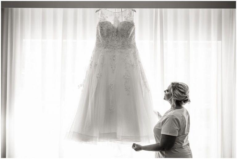 NJ Bride getting ready for wedding day photo